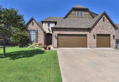 Jenks Single Family Home For Sale: 10714 S Sycamore Street
