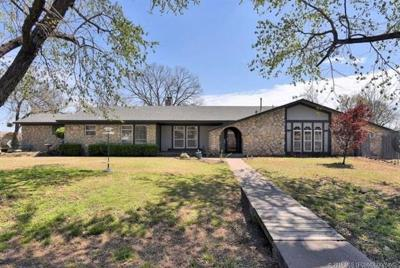 Bixby Single Family Home For Sale: 13959 S 95th East Avenue
