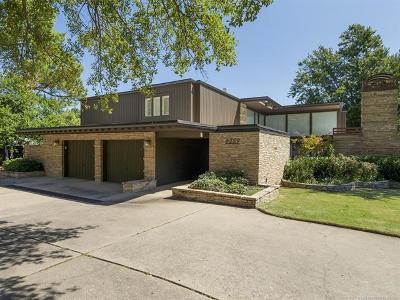 Tulsa OK Single Family Home For Sale: $659,000