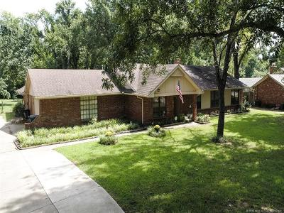 Broken Arrow OK Single Family Home For Sale: $259,900