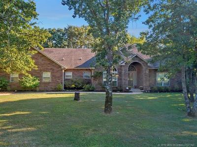 Catoosa Single Family Home For Sale: 10040 Black Jack Road
