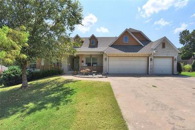 Sand Springs Single Family Home For Sale: 9390 Black Oak Lane