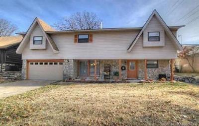 Tulsa Single Family Home For Sale: 5325 S 32nd West Avenue W