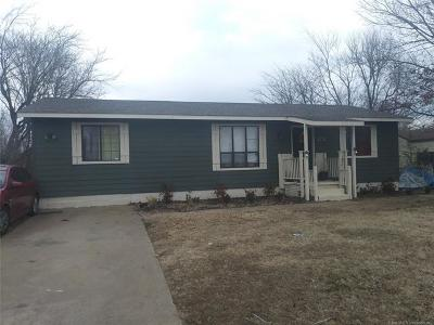 Tulsa Single Family Home For Sale: 109 W 50th Court N