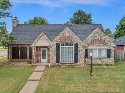 Collinsville Single Family Home For Sale: 14258 N 108th East Avenue