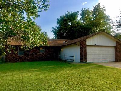 Broken Arrow Single Family Home For Sale: 137 W Jefferson Street