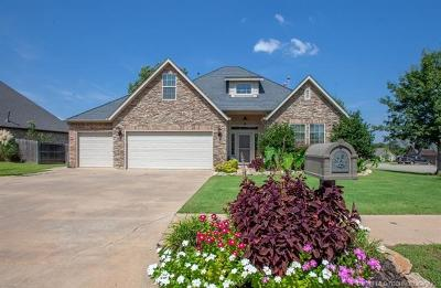 Sand Springs Single Family Home For Sale: 701 W 39th Street