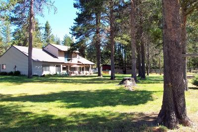 La Pine, Crescent, Gilchrist Single Family Home For Sale: 1052 S. Airport Dr