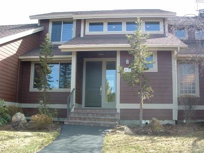 Redmond OR Condo/Townhouse Sold: $305,000