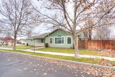Prineville Single Family Home For Sale: 700 Northeast Stoneridge Loop