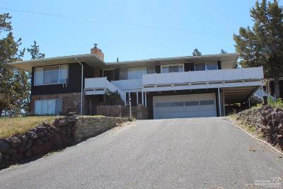 Single Family Home For Sale: 701 Northeast Rawhide Lane