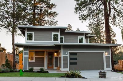 Bend Single Family Home For Sale: 20059 Southwest Sunny Way