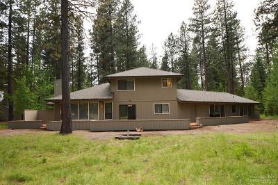 Bbr, Bbr Chc, Bbr Em, Bbr Gcc, Bbr Gh, Bbr Gm, Bbr Lc, Bbr Rc, Bbr Rr, Bbr Sh, Bbr Sm, Cla, Sisters, South Meadow Single Family Home For Sale: 13228 Bear Berry