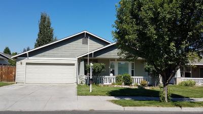 Prineville Single Family Home For Sale: 727 Northeast Fieldstone Court