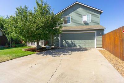 Single Family Home For Sale: 630 Northeast Fieldstone Lane