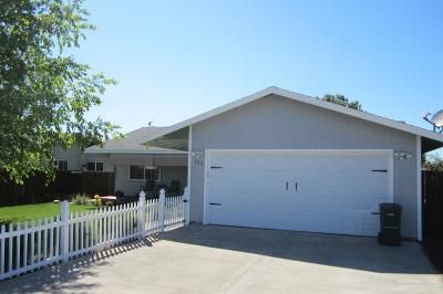 Culver Single Family Home For Sale: 629 Center Ridge Drive