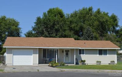 Single Family Home For Sale: 520 Southeast Loma Lane