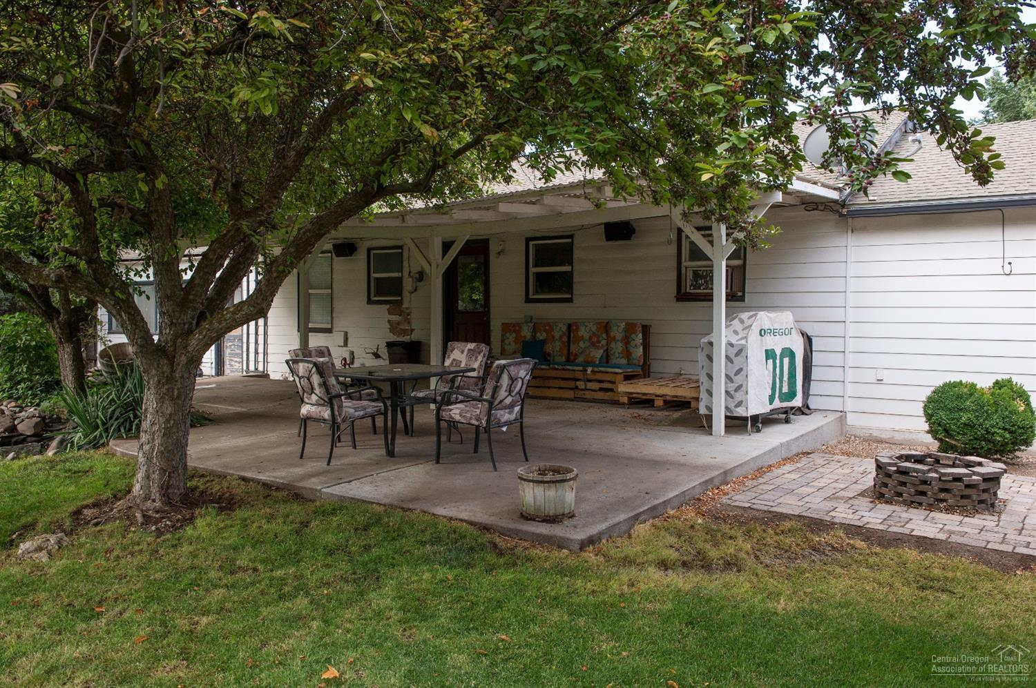 listing 785 southeast holly street prineville or mls