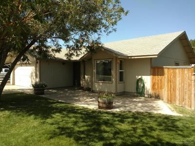 Redmond Single Family Home For Sale: 831 Northwest Maple Lane