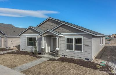 Redmond Single Family Home For Sale: Northwest 27th Street