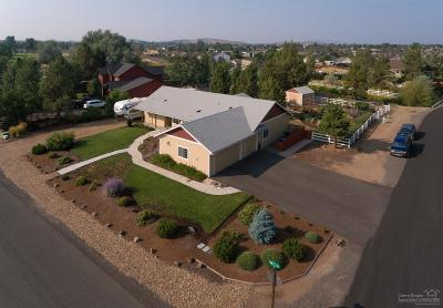 Terrebonne Single Family Home For Sale: 614 Angus Lane