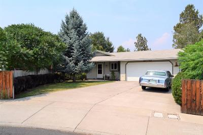 Redmond Single Family Home For Sale: 853 Northwest Maple Court