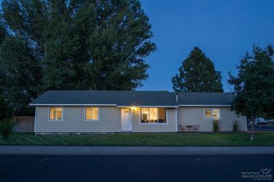 Redmond Single Family Home For Sale: 522 Southwest 25th Street