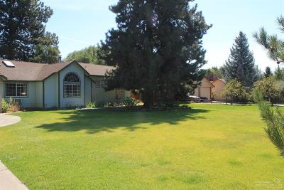 Single Family Home For Sale: 61290 Victory Loop