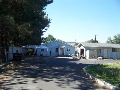 Single Family Home For Sale: 298 Southeast Togo Lane
