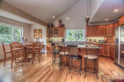Bend Single Family Home For Sale: 2847 Northwest Fairway Heights Drive