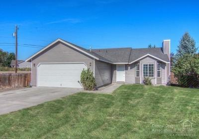 Redmond Single Family Home For Sale: 2825 Southwest 27th Court