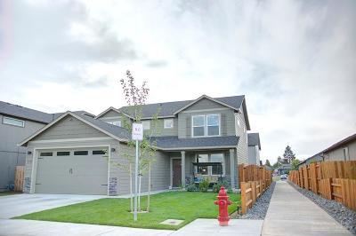 Bend Single Family Home For Sale: 21129 Azalia Avenue