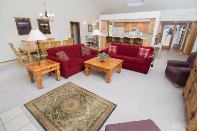 Sunriver Single Family Home Contingent Bumpable: 57874 Cinder Lane