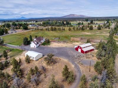 Bend Single Family Home Contingent Bumpable: 21075 Young Avenue