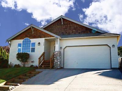 Redmond Single Family Home For Sale: 3544 Southwest Reindeer Avenue