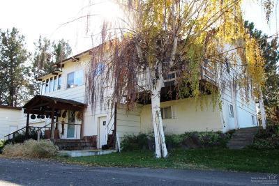 Redmond Single Family Home Contingent Bumpable: 4210 Northwest Way