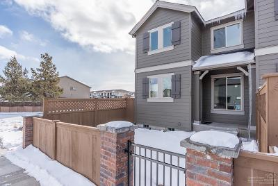 Bend Condo/Townhouse For Sale: 20743 Northeast Boulderfield Avenue