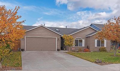 Redmond Single Family Home For Sale: 715 Northeast Negus Place