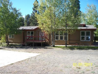 La Pine OR Mobile/Manufactured For Sale: $299,900