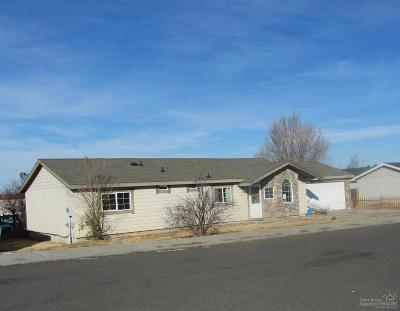 Madras OR Single Family Home For Sale: $155,000