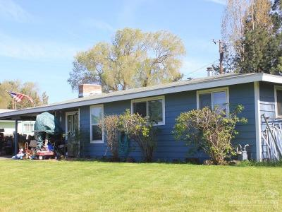Madras Single Family Home For Sale: 321 Northeast Cedar Street