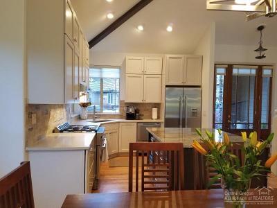 Bend Single Family Home For Sale: 61747 Bridge Creek Drive