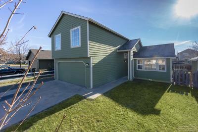 Redmond Single Family Home For Sale: 2954 Southwest Quartz Avenue