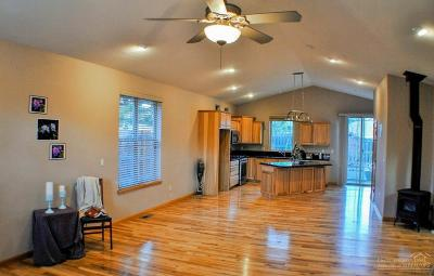 Bend Single Family Home For Sale: 1484 Northeast Providence Drive