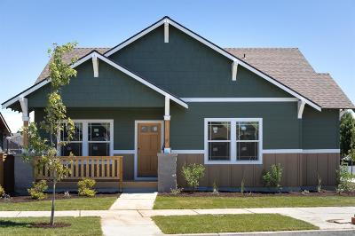 Bend Single Family Home For Sale: 62686 Hawkview Road
