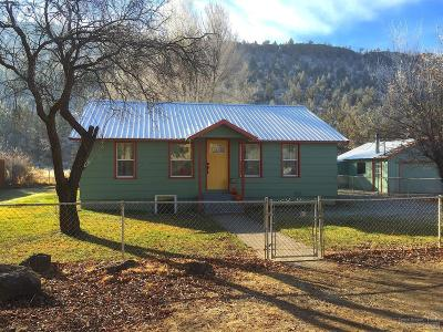 Prineville Single Family Home For Sale: 2230 Southeast Paulina Highway