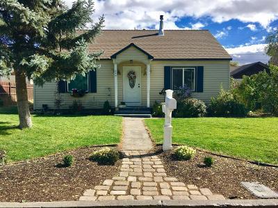 Redmond Single Family Home For Sale: 250 Southwest 12th Street