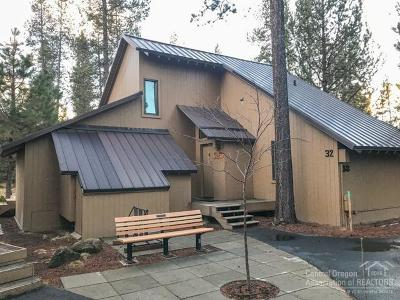 Sunriver Condo/Townhouse For Sale: 32 Cluster Cabin Lane