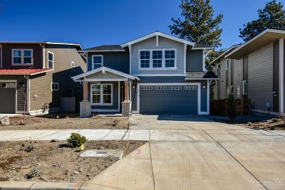 Bend Single Family Home For Sale: 20678 Southeast Cougar Peak Drive