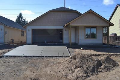 Bend OR Single Family Home For Sale: $309,990